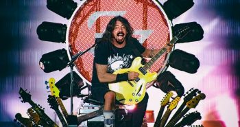 foo-fighters-queens-of-the-stone-age-salto-squalo