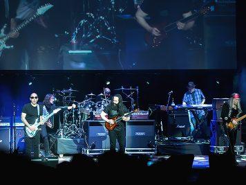 g3-foto-concerto-roma-2-aprile-2018-08