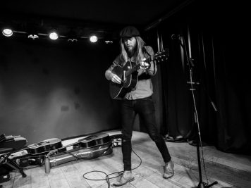 stu-larsen-foto-concerto-milano-06-novembre-2018-02