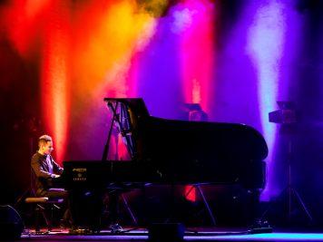 peter-bence-foto-concerto-bologna-06-12-2018-5