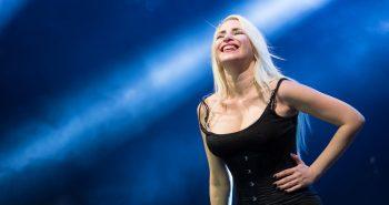 romina-falconi-foto-concerto-padova-10-luglio-2019-01